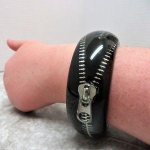 Jewelry - rocker edgy zipper inside acrylic wide bold